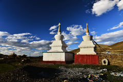 Buddhist pagodas by the road Royalty Free Stock Photography