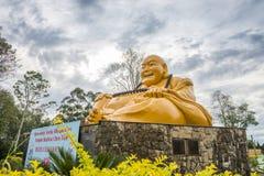 Buddhist temple with giant Buddha statue in Foz do iguacu. Foz do Iguazu, Brazil - july 8, 2016: The Buddhist temple with giant Buddha statue in the garden at Royalty Free Stock Photos