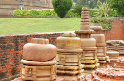 Buddhist temple and small stupas ruins at sarnath Royalty Free Stock Photography