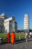 Buddhistische Mönche in Pisa Stockfoto