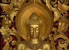 Buddhistische religiöse Figuren auf Tempel in Laos Lizenzfreies Stockbild