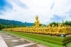 Buddhistischer Gedenkpark Makha Bucha wird anlässlich G errichtet Stockbilder