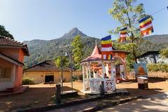 Buddhistischer Tempel nahe der Berg Adams-Spitze, Sri Lanka Lizenzfreie Stockfotografie