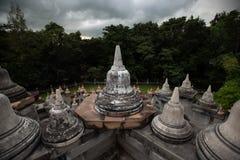 Buddhistischer Tempel: Sandstein-Pagode in PA Kung Temple bei Roi Et von Thailand lizenzfreies stockfoto