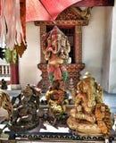 Buddhistischer Tempel und Statue in Thailand lizenzfreie stockbilder