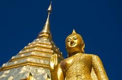 Buddhistischer Tempel von Wat Phrathat Doi Suthep Lizenzfreie Stockfotografie