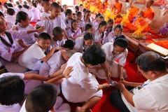 Buddismo di tradizione della candela in Tailandia Immagine Stock