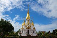 Buddist Buddhatempel Arkivbild