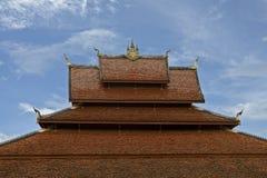 buddistischen老挝屋顶寺庙 图库摄影