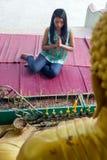 buddistisk bön Arkivbild
