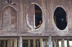 buddistisk burma monk myanmar Arkivfoto