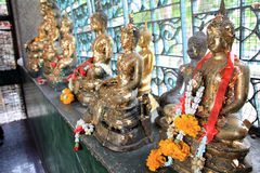 buddistisk guld Arkivbilder