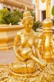 buddistisk guld- staty Fotografering för Bildbyråer