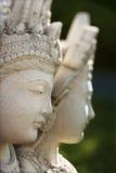 buddistisk kuan statyyin Arkivfoto