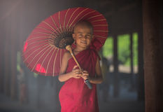 buddistisk liten monk Arkivfoto