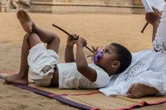 Buddistisk mening för barn` s royaltyfria bilder
