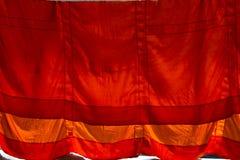 Buddistisk munks ämbetsdräkt Arkivfoto