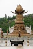 Buddistisk springbrunn i Kina fotografering för bildbyråer