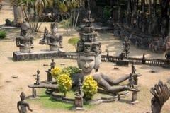 Buddistisk staty Royaltyfri Fotografi