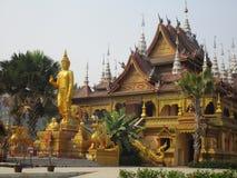 Buddistisk tempel i Jinghong, Xishuangbanna Arkivfoton
