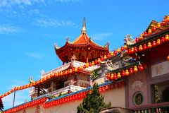 Buddistisk tempel Kek Lok Si, Georgetown, Penang ö, Malaysia arkivfoton