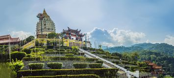 Buddistisk tempel Kek Lok Si i Penang, Malaysia, Georgetown arkivfoto