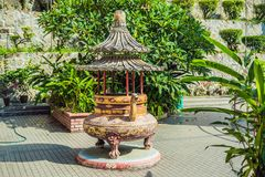 Buddistisk tempel Kek Lok Si i Penang, Malaysia, Georgetown royaltyfria bilder