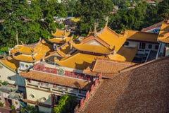 Buddistisk tempel Kek Lok Si i Penang, Malaysia, Georgetown royaltyfri fotografi