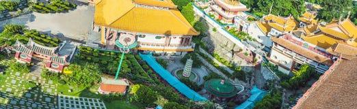 Buddistisk tempel Kek Lok Si i Penang, Malaysia, Georgetown fotografering för bildbyråer