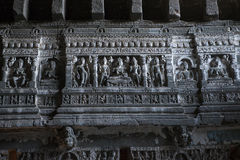 Buddistiska lättnader, tempel av Ajanta, Indien Arkivbild