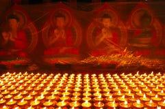 buddistiska smörlampor Royaltyfri Bild