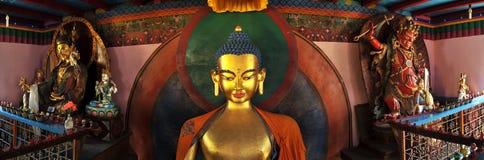 buddistiska statyer royaltyfria foton