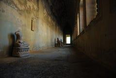buddistiska statyer Royaltyfri Foto
