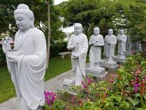 buddistiska statyer Arkivfoton