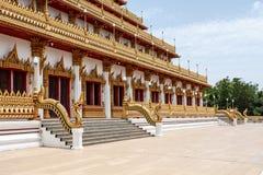 Buddistiska tempel i asiatisk stil Arkivbilder