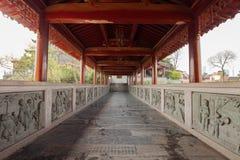 Buddistiska tempel i gallerit Arkivfoto