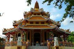 Buddistiska tempel med den kinesiska stilen arkivfoto