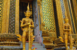 Buddistiska tempelskulpturer Royaltyfria Foton