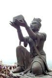 Buddistiskt lovorda för statyer royaltyfri bild