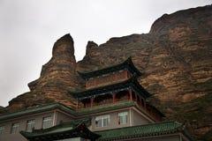 buddistiskt tempel för rock för kanjonporslingansu lanzhou fotografering för bildbyråer