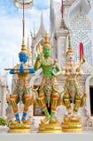 Buddistkyrka i templet Royaltyfri Bild