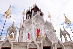 Buddistkyrka i templet Royaltyfri Foto