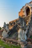 buddistpagod i Chiang Mai, Thailand Arkivfoton