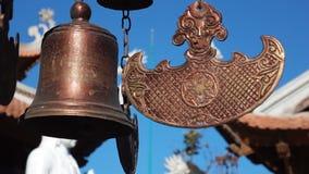 Buddyjscy dzwony trzepocze w wiatrze zbiory