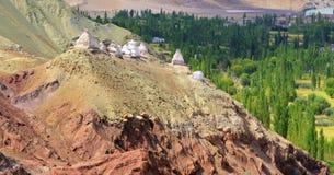 Buddyjscy religijni stupas przy Leh, Ladakh, Jammu i Kaszmir, India Fotografia Stock