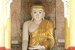 Buddyjska świątynia powikłany Shwedagon jest dziejowym symbolem buddyzm, Myanmar Obrazy Royalty Free
