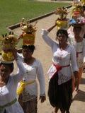 Buddyjska ceremonia w świątyni w Bali obraz stock