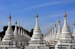 buddyjska stupa Zdjęcia Royalty Free