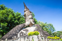 Buddyjskie statuy przy Buddha parkiem, Wata xiengkuane, Vientiane, Laos Fotografia Royalty Free