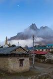 Buddyjskiego monasteru ranku mgła, Tengboche wioska, Nepal Fotografia Royalty Free